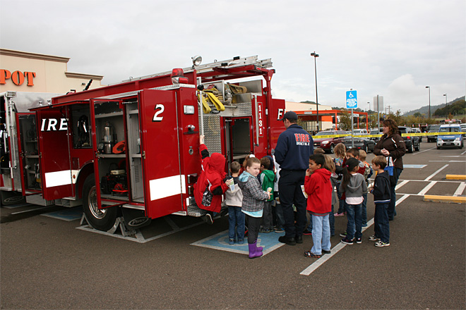 2013 Fire Prevention Week event (8)