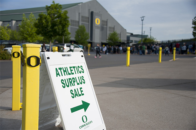 2013 Oregon Athletics Surplus Sale 05 - Photo by Tristan Fortsch_KVAL News