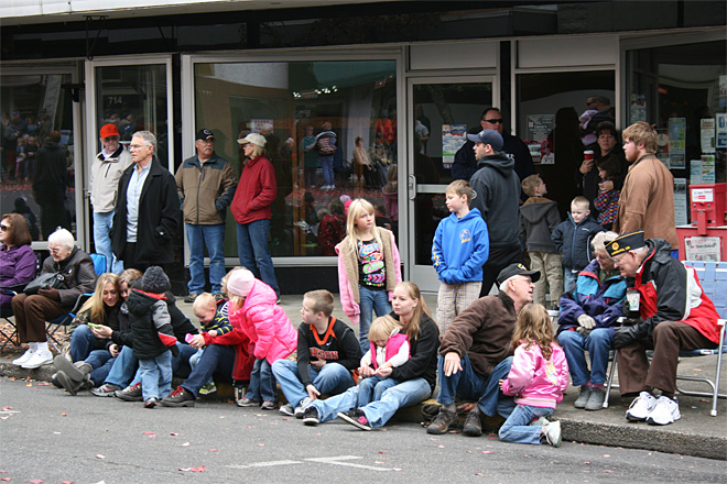 2013 Veterans Day Parade in Roseburg (11)