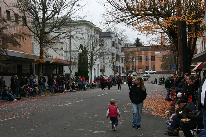 2013 Veterans Day Parade in Roseburg (5)