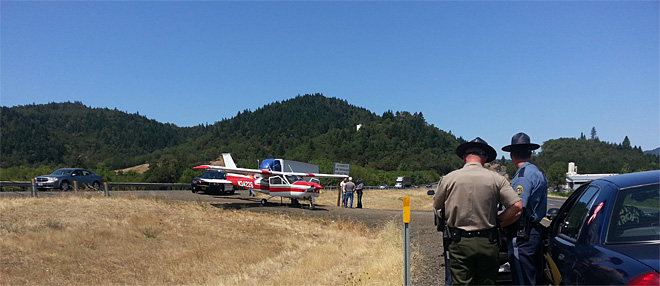 Plane makes emergency landing on I-5