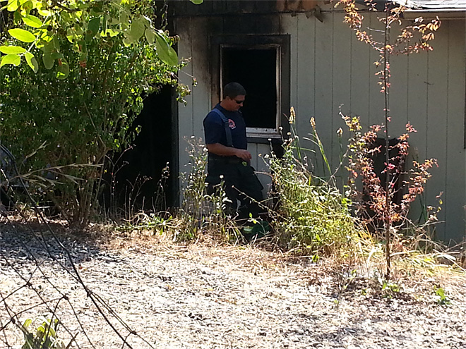 Fire damages house in West Roseburg