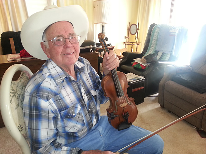Meet Willie Carter, Hall of Fame fiddler
