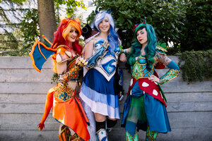 Photos: Busy Day 2 brings elaborate costumes to PAX