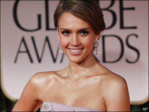 Jessica Alba's company under fire for bad sunscreen