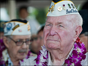 Pearl Harbor ceremony marks 72nd bombing anniversary