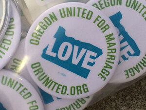 Rally on eve of court hearing on Oregon's same-sex marriage ban