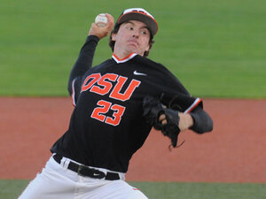 Top-seeded Oregon St. edges North Dakota St. 2-1