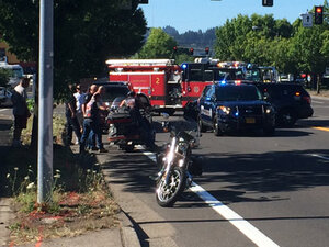 Man sent to the hospital in motorcycle crash at 6th and Chambers