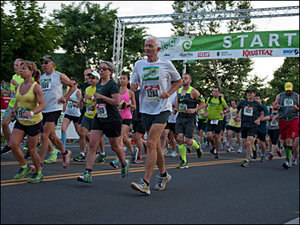 Photos: Track Town turns out for 2014 Eugene Marathon