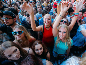 Photos: Fans pack the street for a busy Capitol Hill Block Party