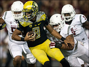 Arizona likely to key in on Oregon QB Mariota