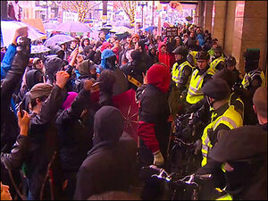 Seattle police pepper spray, arrest downtown protesters