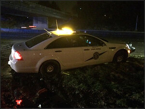 2 troopers hurt in 2 separate crashes at same spot on I-5
