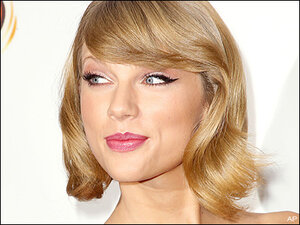 Hackers target Taylor Swift, threaten to release nude pics