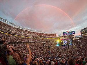 Photos: Grateful Dead play to 80,000 at Levi's Stadium