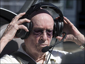95-year-old pilot sets new world record