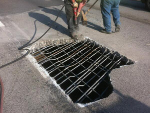 ODOT plans to reopen lane of WB I-84 Tuesday morning after hole repaired