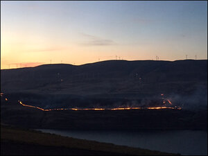 Grass fires burning on Washington side of Columbia Gorge
