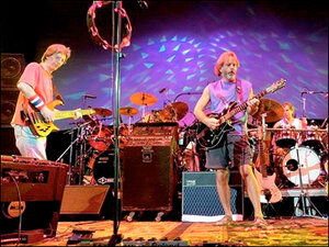 Thousands truckin' to Chicago for final Grateful Dead shows