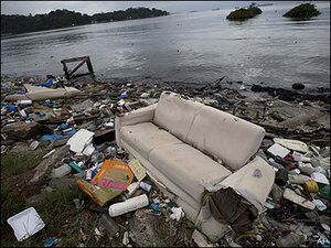 Filthy, sewage-choked Rio water a threat at 2016 Olympics