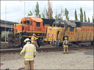 1,500 gallons of fuel spill after 2 train engines collide in Tacoma