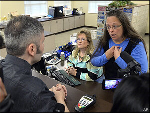 Ky. clerk defies Supreme Court, won't issue gay marriage license
