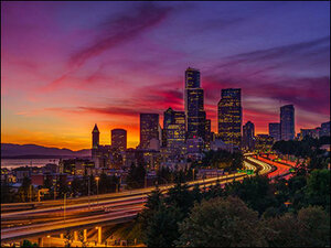 Gallery chronicles 100 days of stunning summer sunsets in Washington