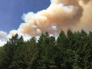 Niagara fire flares up on 4th of July near Detroit Lake
