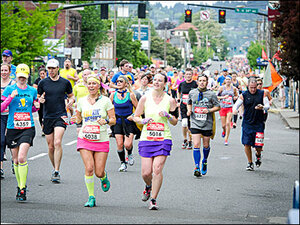 Photos: Rock &apos;N Roll Half Marathon