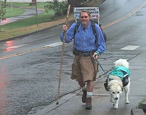 Man walking dogs from Canada to Mexico stops in Coos Bay