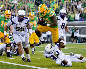 Photos: Ducks rout Dawgs, 45-20 in rivalry game at Autzen