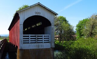 Cottage Grove Covered Bridge Tour