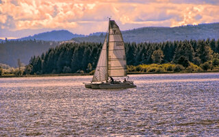Sailing at the lake
