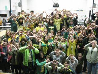 Lincoln  M.S. Supports the Ducks!!