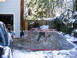 Hockey on outdoor ice in the South hills