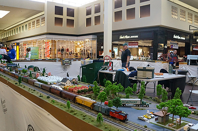 35th Model Railway Show: 'A throwback for people to the old days'