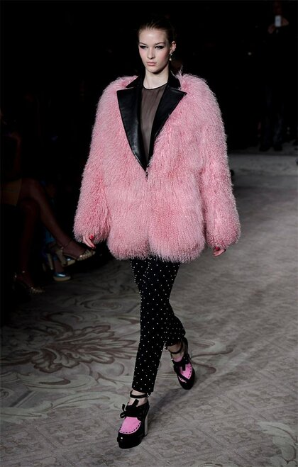 London Fashion Week Moschino cheap&chic