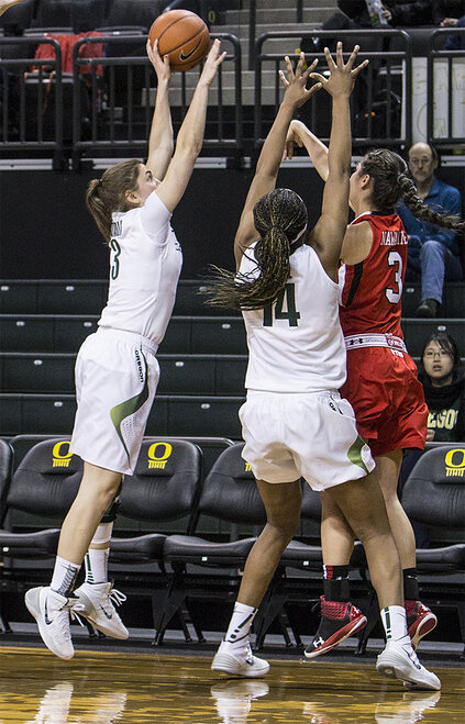 Oregon women beat Utah 93-71 - 01