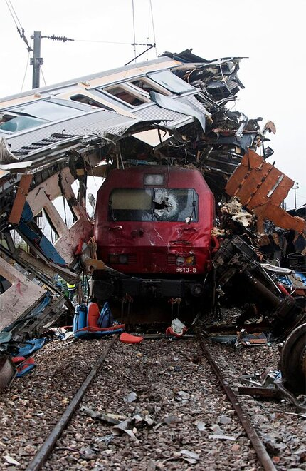 APTOPIX Portugal Train Collision
