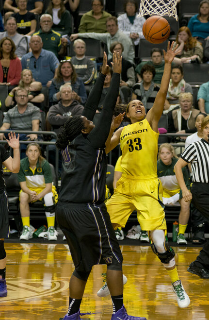 Ducks Host Huskies in WNIT 56