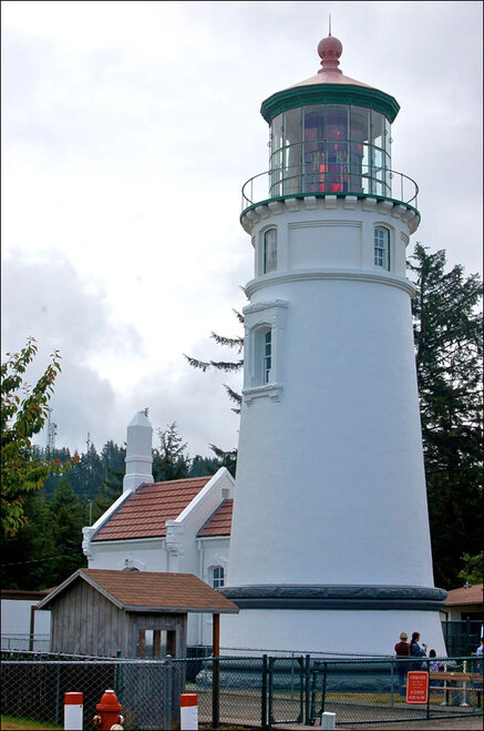 100615wideview_Umpqua-Lighthouse_600