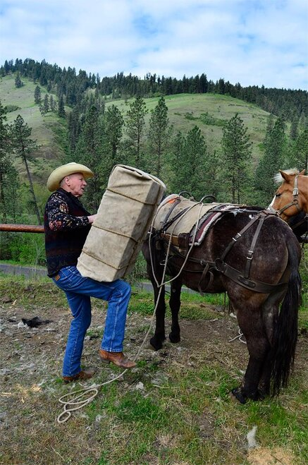 Outdoors--Backcountry Horsemen