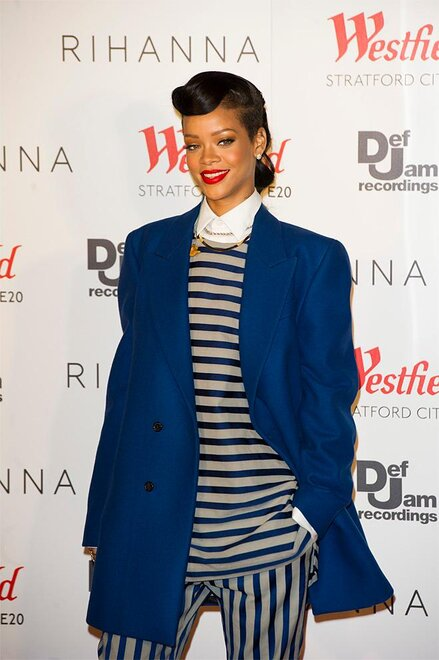 Rihanna switches on Westfield Stratford City lights The Elton Jo