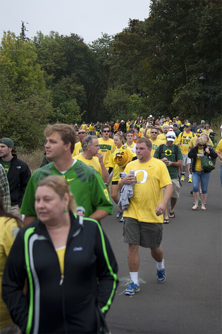 Tailgating as Oregon hosts Tennessee - 27 - Photo by Tristan Fortsch