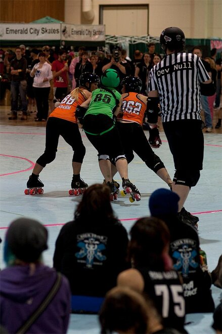 The Big O - Emerald City Roller Girls vs Sin City Roller Girls 12 - Photo by Tristan Fortsch _ KVAL News