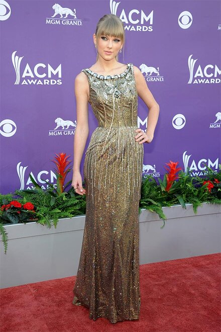130407_ac_48th_Annual_Academy_of_Country_Music_Awards___Arri..._16.jpg_BIM.jpg