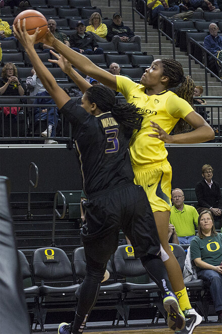 Ducks women beat Washington Huskies 101-85 _ 42
