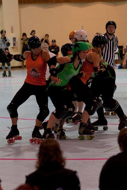 The Big O - Emerald City Roller Girls vs Sin City Roller Girls 36 - Photo by Tristan Fortsch _ KVAL News