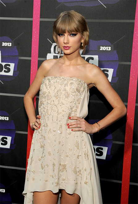 2013 CMT Music Awards - Red Carpet